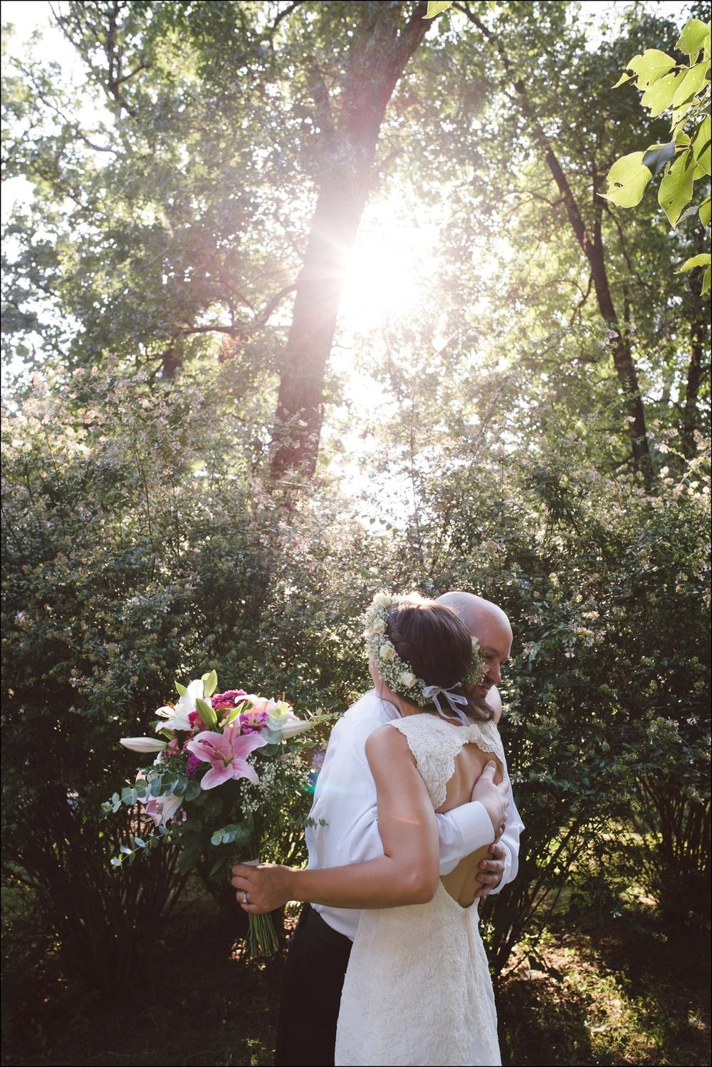 Fayetteville-Arkansas-Mount-Sequoyah-Summer-Wedding_0281.jpg