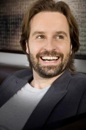 Tenor Alfie Boe THE SINGER