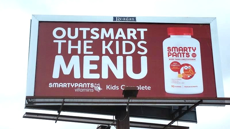 6519_SmartyPants Vitamins_One Sheet - Outsmart the Kids Menu_20160726.jpg