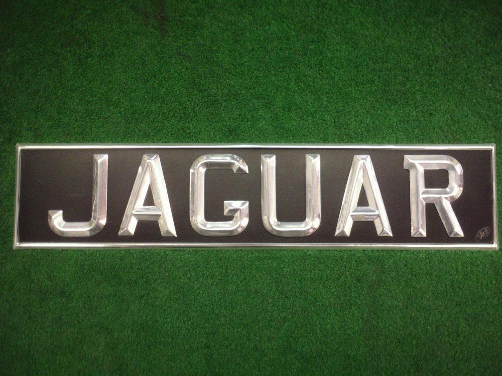 Jaguar , Ace Peak Show Plate with polished edge..JPG