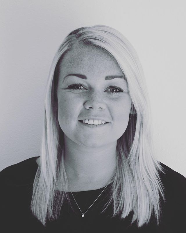 ***Meet The Team*** Emma is the newest member of #thecobhamclinic team and specialises in antenatal and postnatal osteopathy. She is also qualified in medical accupuncture, sports massage and taping. #osteopathy #antenatal #postnatal #surrey #cobham