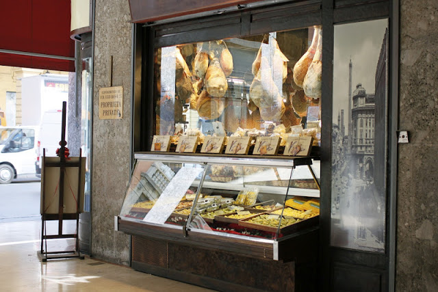 This shop makes the best sandwich in Bologna