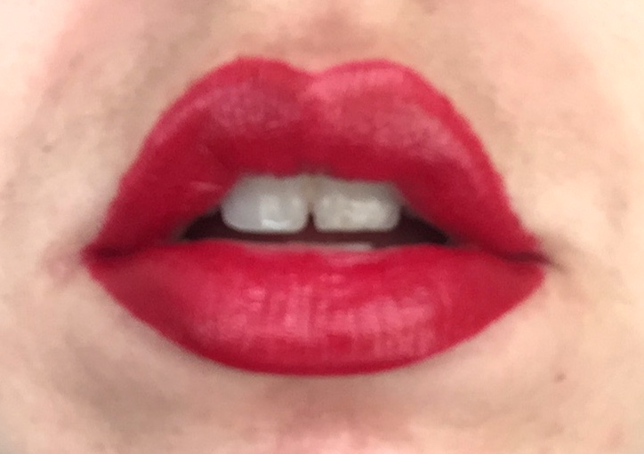 Hourglass: Femme Rouge