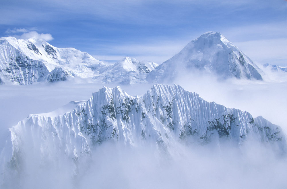 THE MOUNTAIN PEAKS OF WRANGELL-ST. ELIAS NATIONAL PARK - (PHOTO: JOSEPH SOHM/SHUTTERSTOCK)
