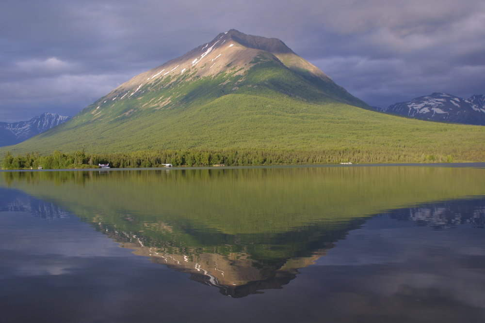 Mount Tanalian Reflection – (PHOTO: MICHAELJTHOMPSON/SHUTTERSTOCK)