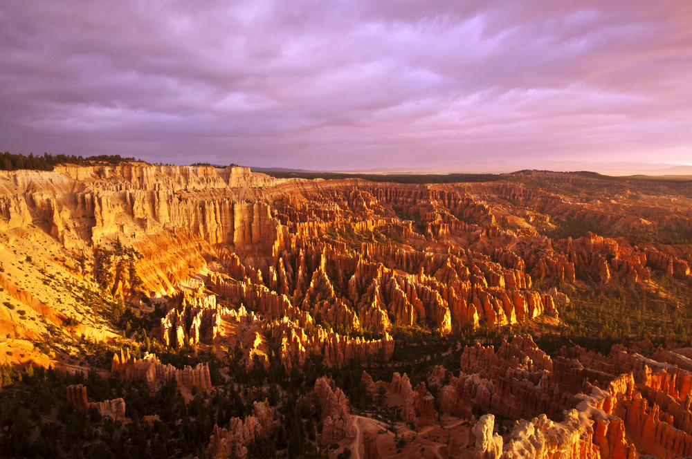 BRYCE POINT –  (PHOTO: TUSHARKOLEY/SHUTTERSTOCK)