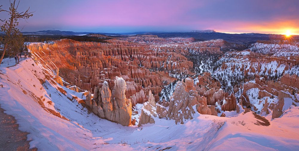 SUNRISE AT BRYCE CANYON NATIONAL PARK –  (PHOTO: MANAMANA/SHUTTERSTOCK)