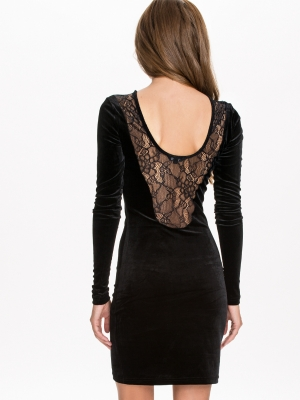 lowback lace dresses comfortably worn with multi-way bra