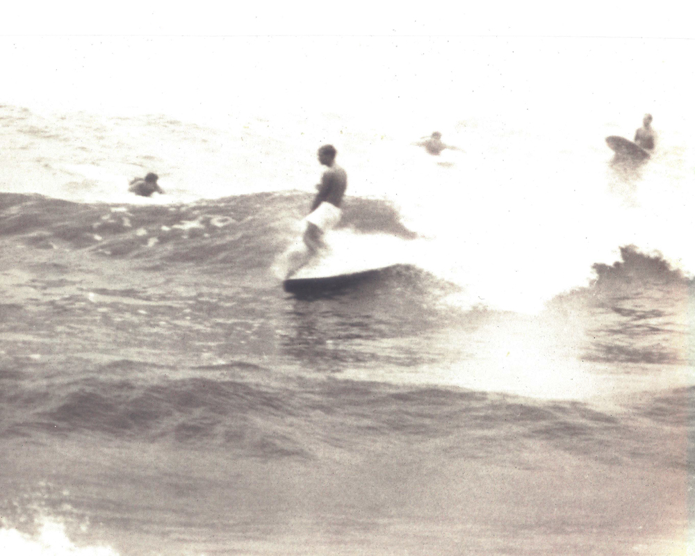 Michael Fremont surfing
