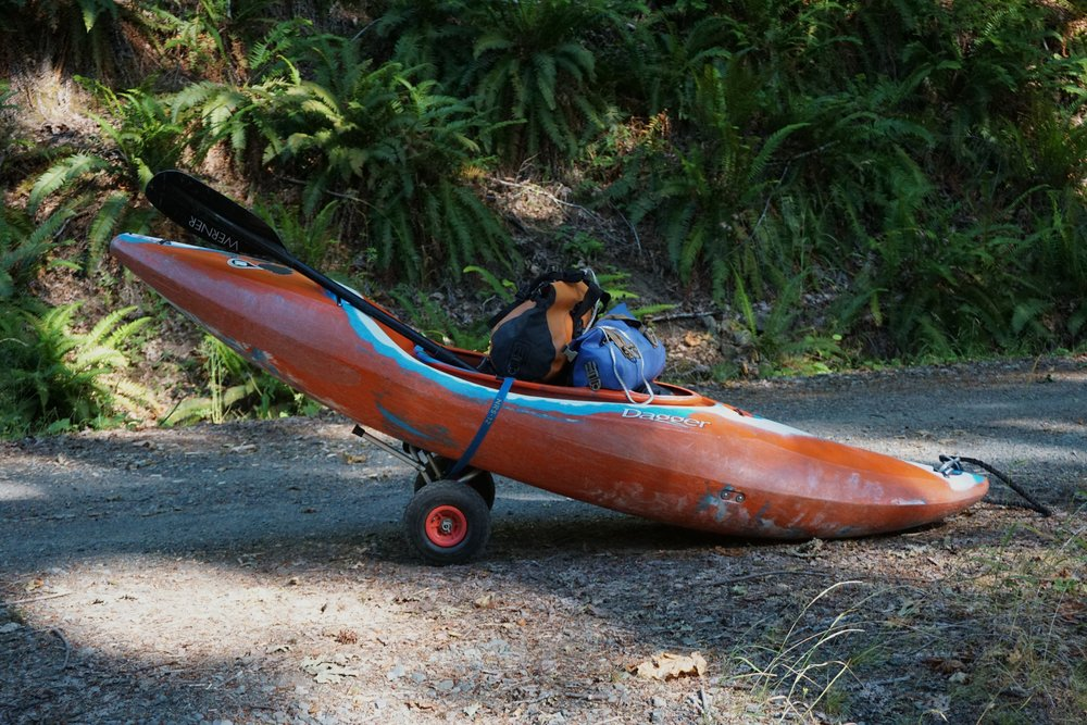 The rig.  It worked, but was touch and go.  I don't think these wheels are meant to handle 100 pounds of gear.  It's amazing how my carting technique evolved to the demanding washboards and hills along the road to the trailhead.