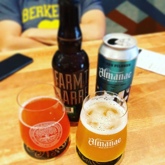 We don't always drink beer... just kidding, yes we do! 🍺🙌🏼 @almanacbeer . . . . . . . #sfbartenders #sanfrancisco #beer #brewery #sf #cocktails #mocktail #mixologist #bartender #weekend #vibes #happy #summer #weddings #craft #cocktail #bartenders #fun #beverage #california #cheers #signaturecocktail #cocktailinspiration #signaturecocktails #beveragescatering #mobilebar #today