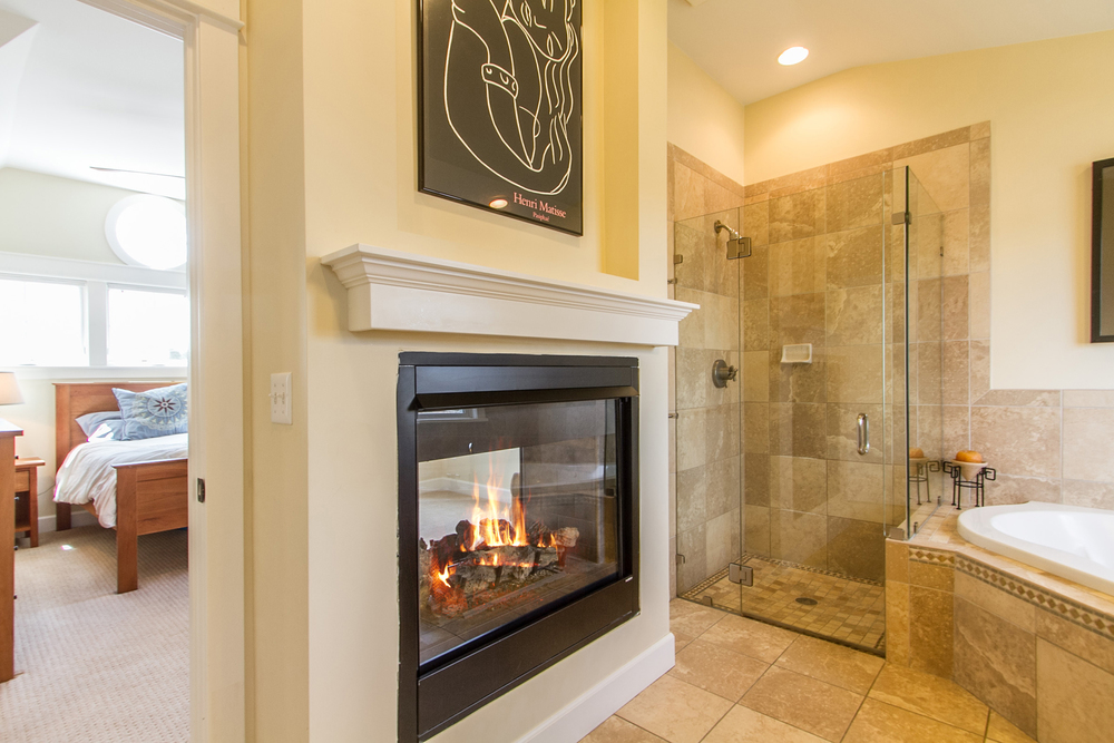 1246098_Master-Suite-Bath-Shares-Fireplace-With-Bedroom_high.jpg