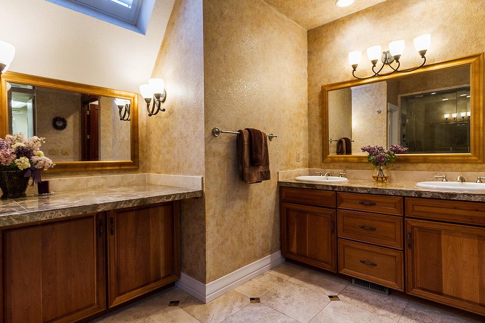 1183155_Master-Bath-Double-Vanities_high.jpg