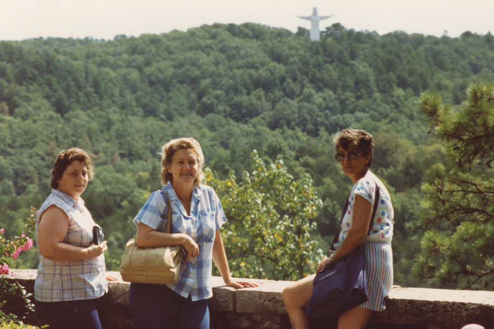 That's Grandma in the middle and Dee on her right.  Out on one of their many adventures