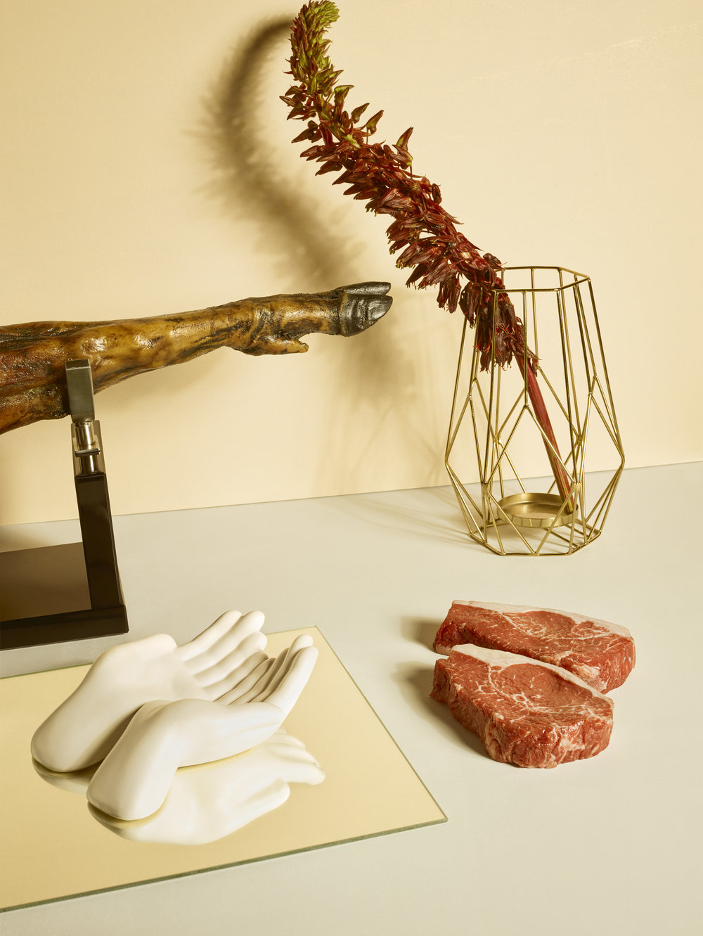 A CARNE e a ESCULTURA |  Meat and Sculpture