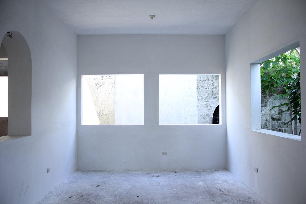 Dining Room (13).JPG