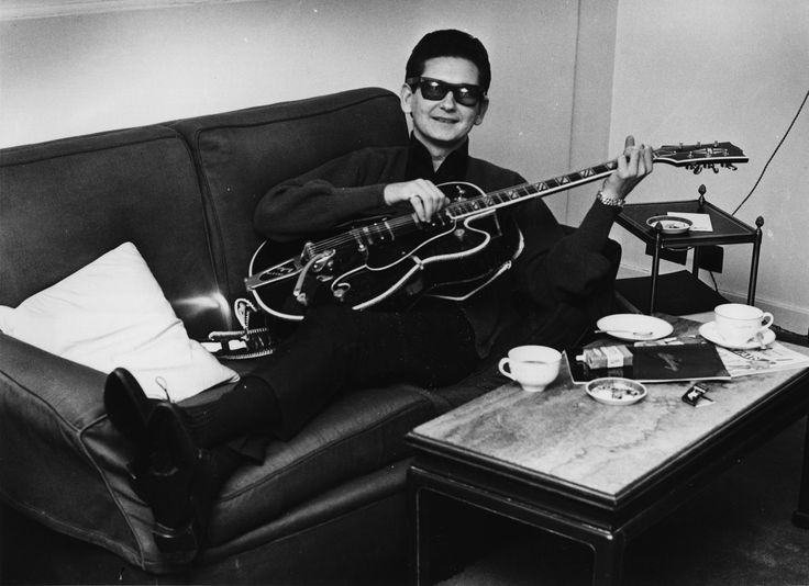 a9a6174ce84cdd233d1760d5ed3b5efe--roy-orbison-love-songs.jpg