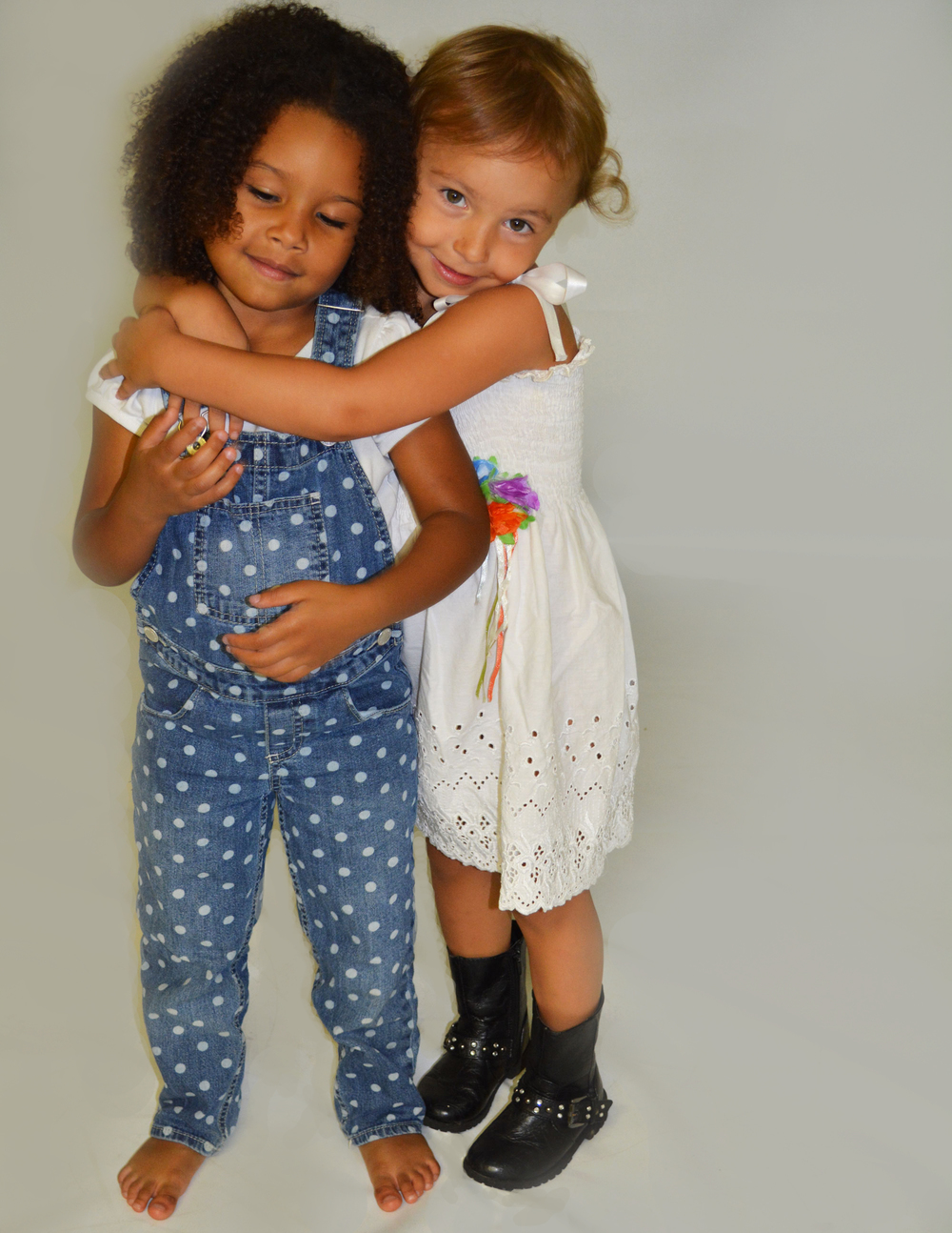 Temily-and-Sofie-Hugging_Toddlertime-1_WEB.jpg
