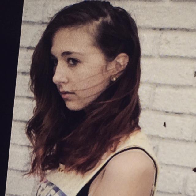 Maelyn headshot.JPG
