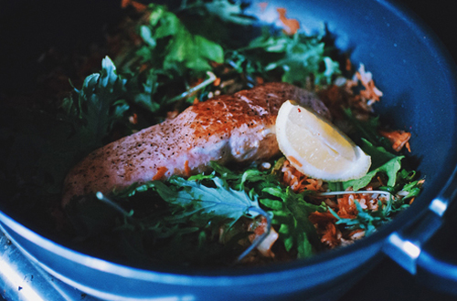 Eat: Warm brown rice & kimchi slaw with grilled salmon