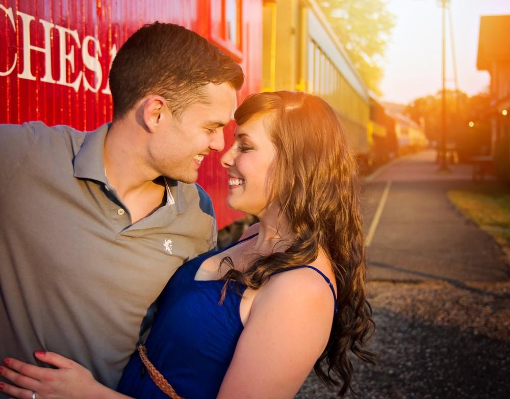 13 Melissa & Aaron engagement.jpg