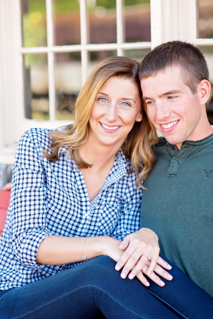 Nicole & Scott Engagement 02 (Large).jpg