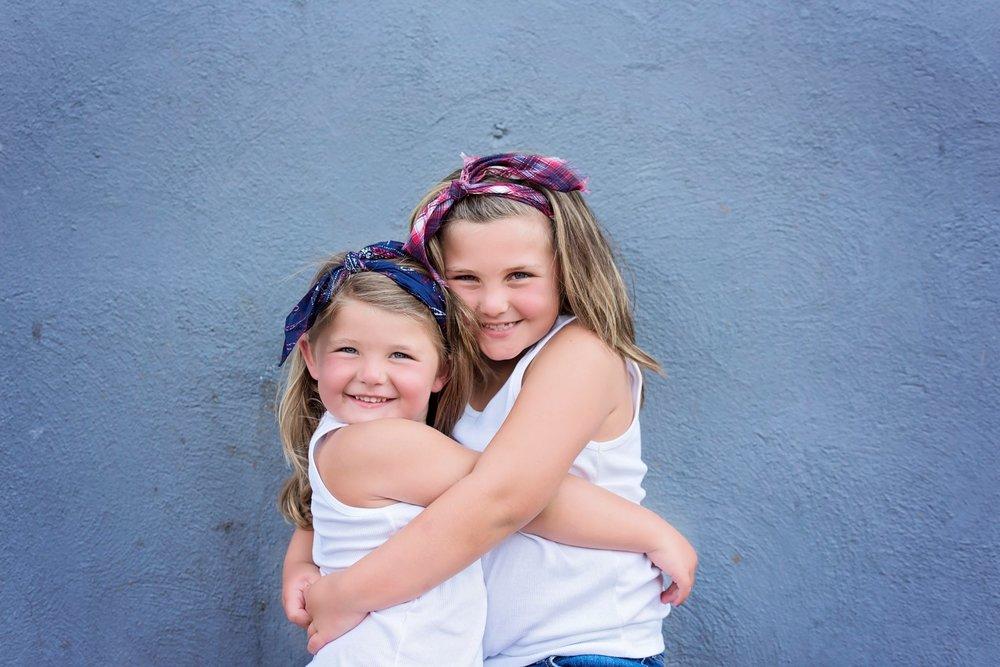 Hunter Sister Sibling Shoot_11 (Large).jpg