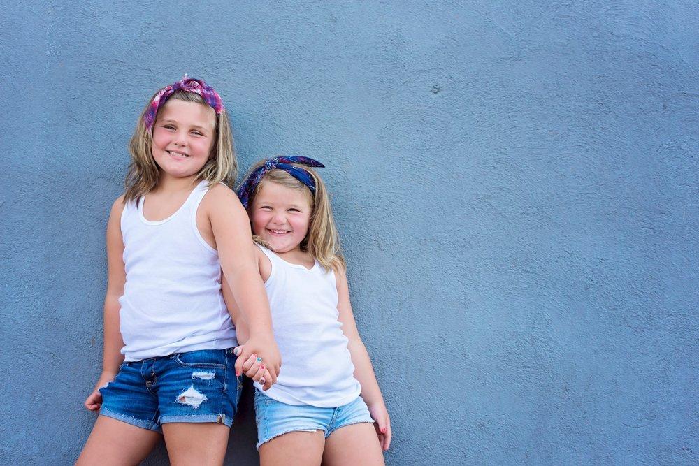 Hunter Sister Sibling Shoot_12 (Large).jpg