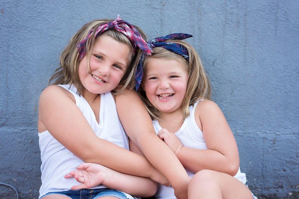 Hunter Sister Sibling Shoot_14 (Large).jpg