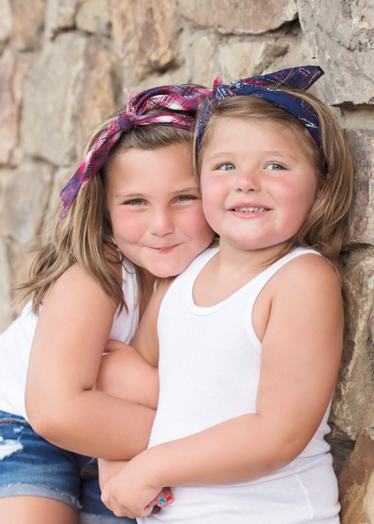 Hunter Sister Sibling Shoot_17 (Large).jpg