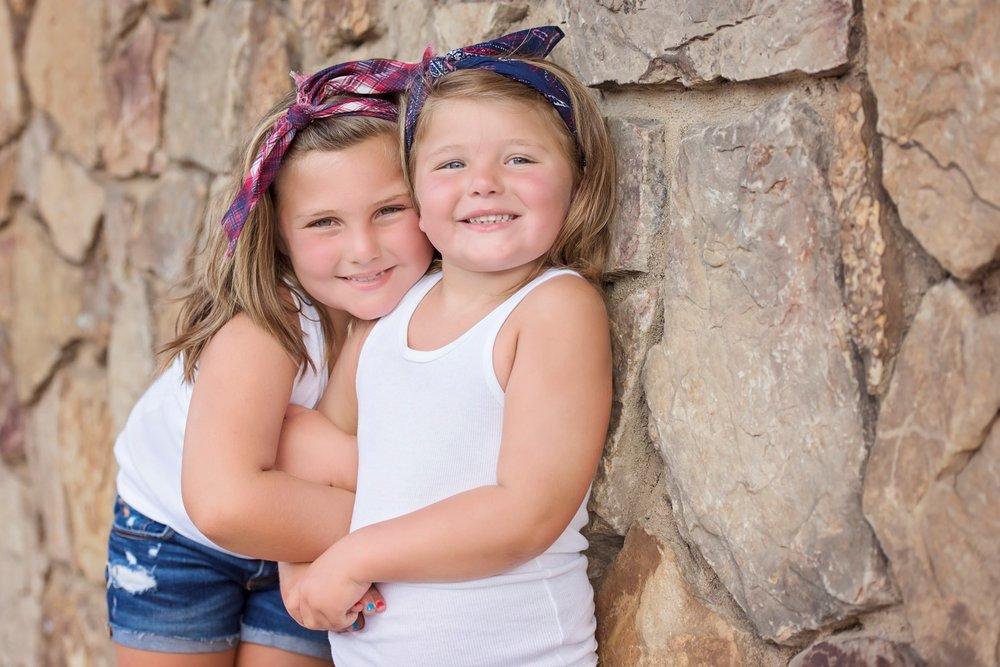 Hunter Sister Sibling Shoot_16 (Large).jpg