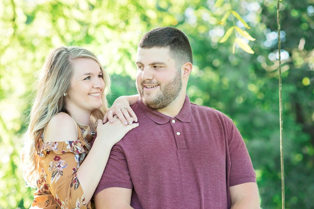 Madison_Austin_Engagement_06 (Large).jpg