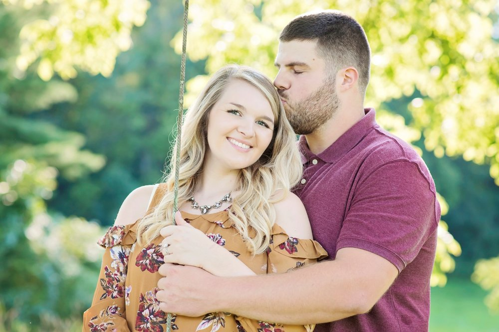 Madison_Austin_Engagement_08 (Large).jpg