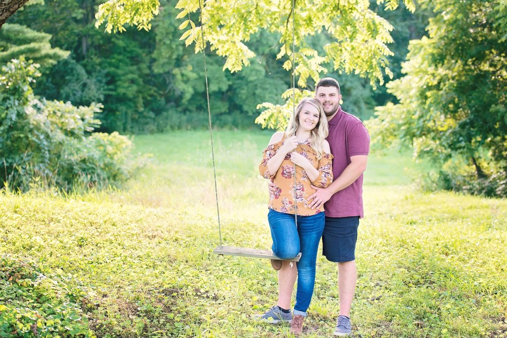 Madison_Austin_Engagement_09 (Large).jpg