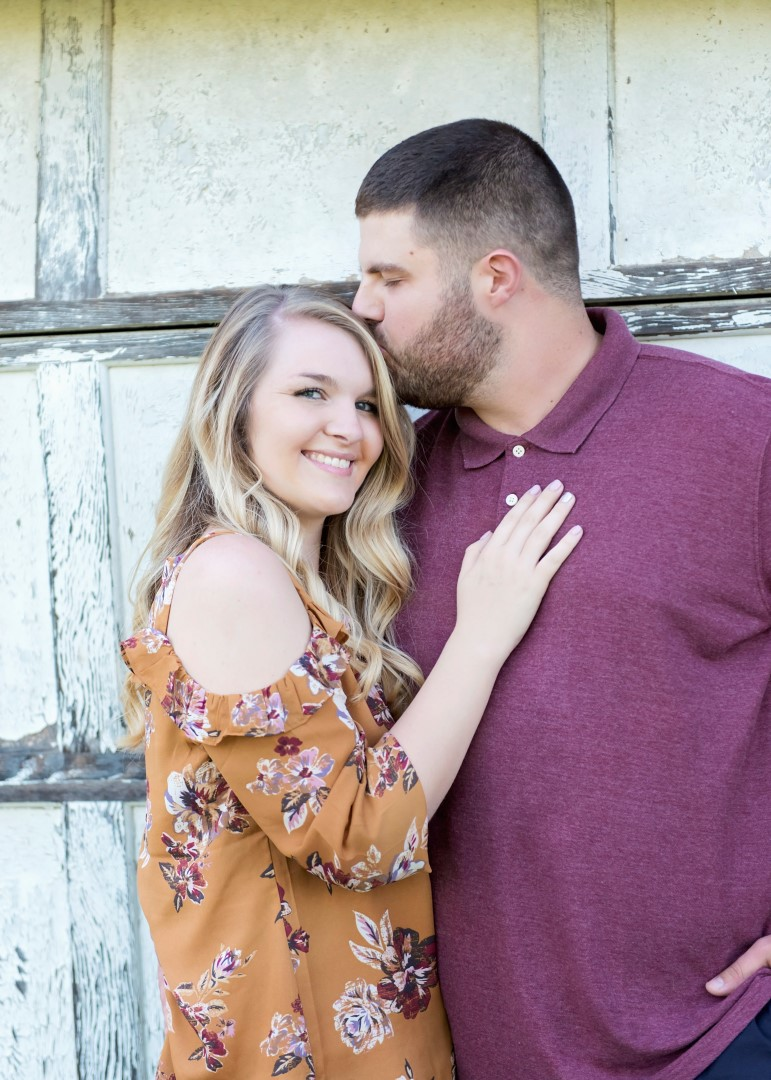 Madison_Austin_Engagement_14 (Large).jpg