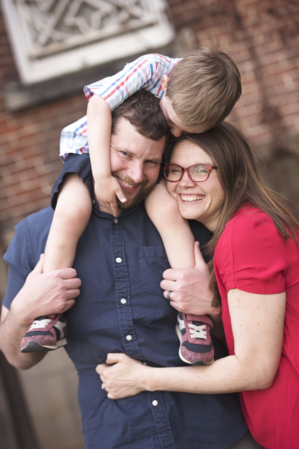 Heinrich_Family_SneakPeek_01_warmthedit_CLS_1013.jpg