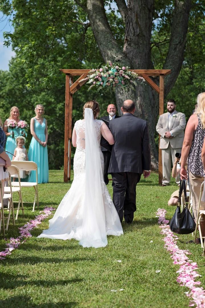 Madison+Austin_Wedding_SneakPeek_13 (Large).jpg