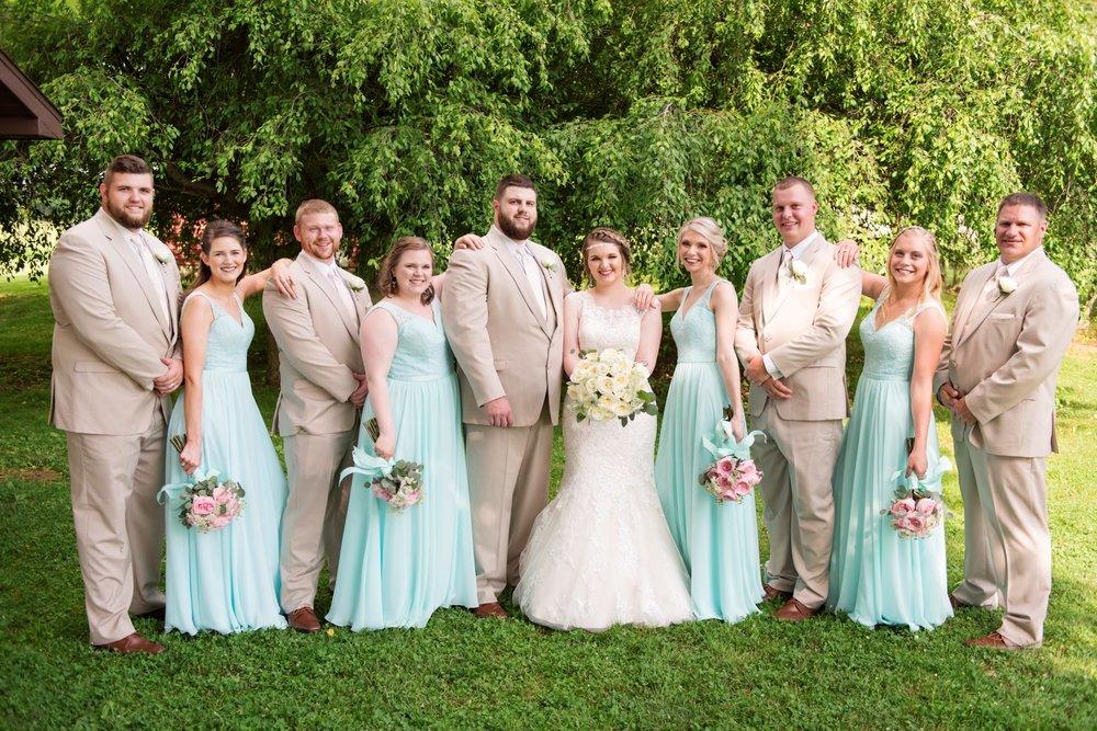 Madison+Austin_Wedding_SneakPeek_27 (Large).jpg