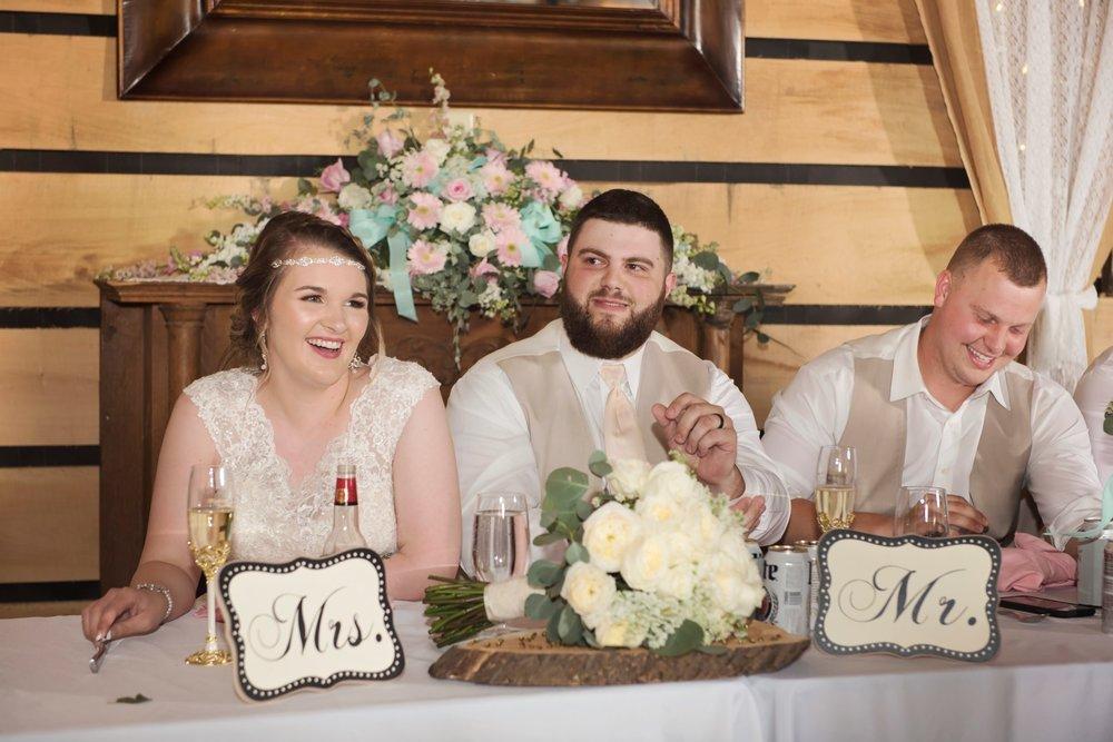 Madison+Austin_Wedding_SneakPeek_34 (Large).jpg