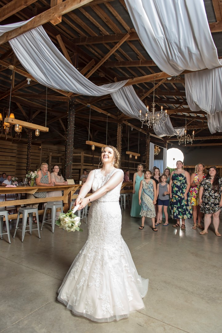 Madison+Austin_Wedding_SneakPeek_37 (Large).jpg