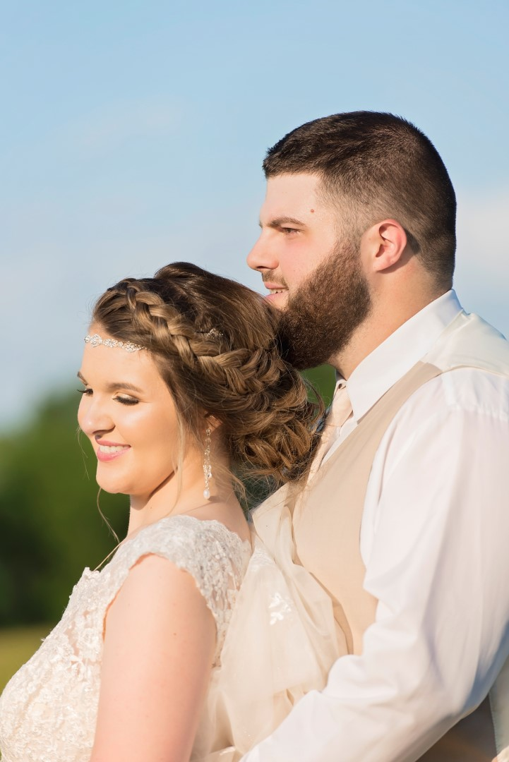 Madison+Austin_Wedding_SneakPeek_49 (Large).jpg