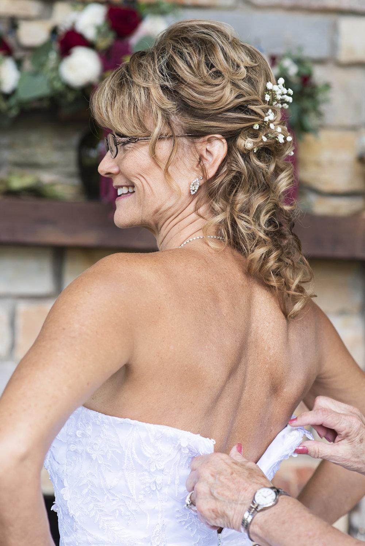 Ruthie+Wayne_Wedding_Sneak_Peek_04.jpg