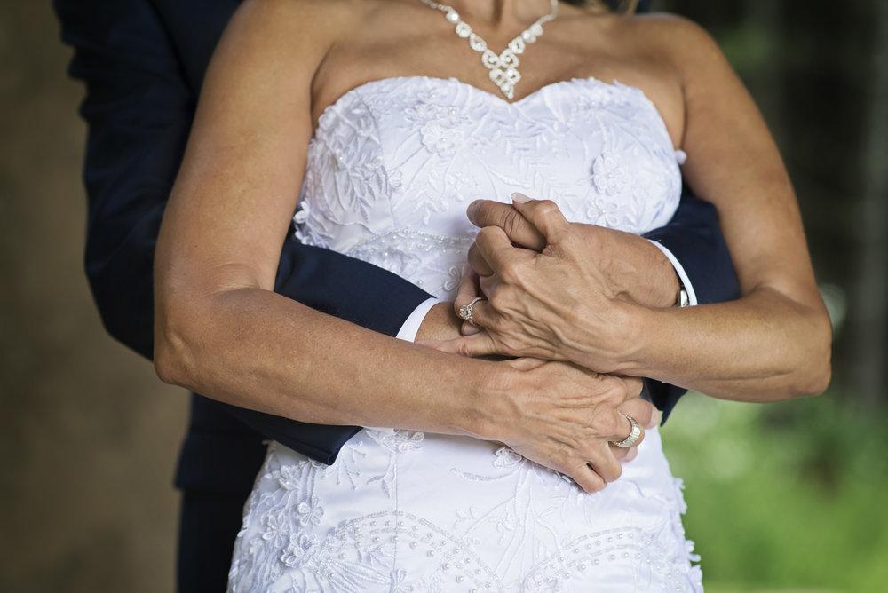 Ruthie+Wayne_Wedding_Sneak_Peek_12.jpg