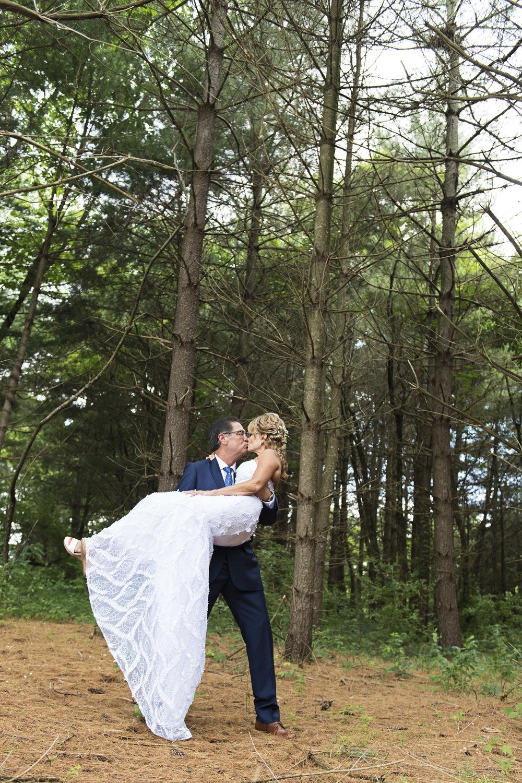 Ruthie+Wayne_Wedding_Sneak_Peek_14.jpg