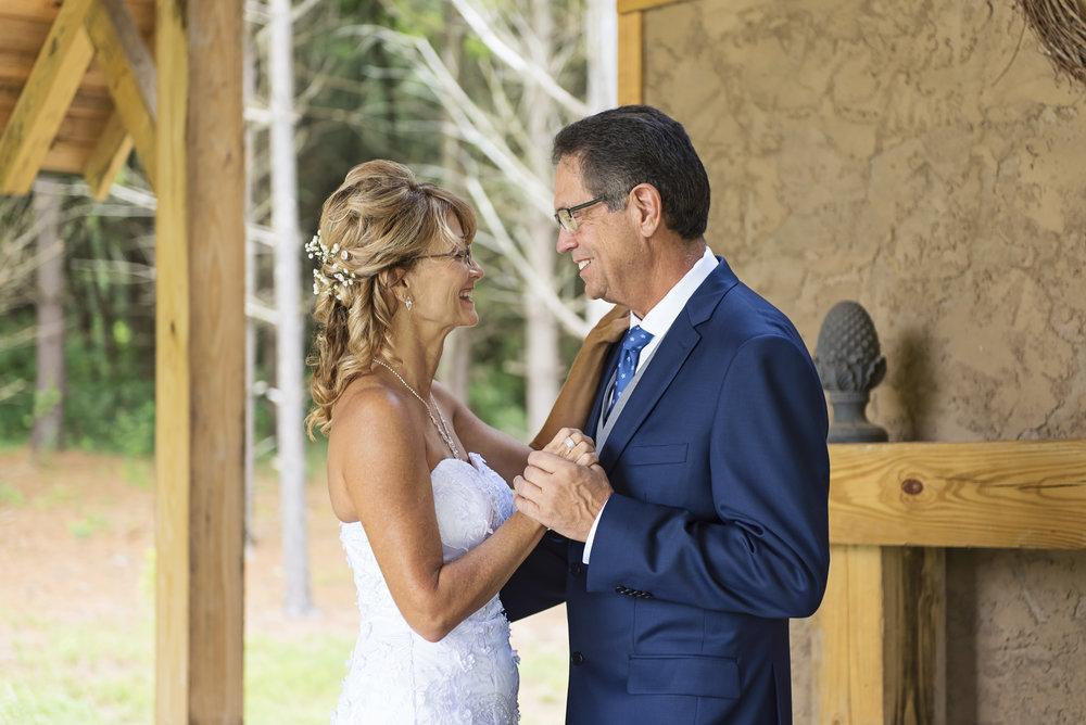 Ruthie+Wayne_Wedding_Sneak_Peek_15.jpg