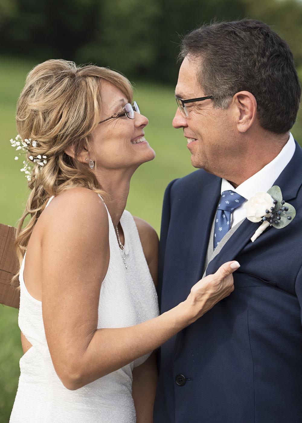 Ruthie+Wayne_Wedding_Sneak_Peek_31.jpg