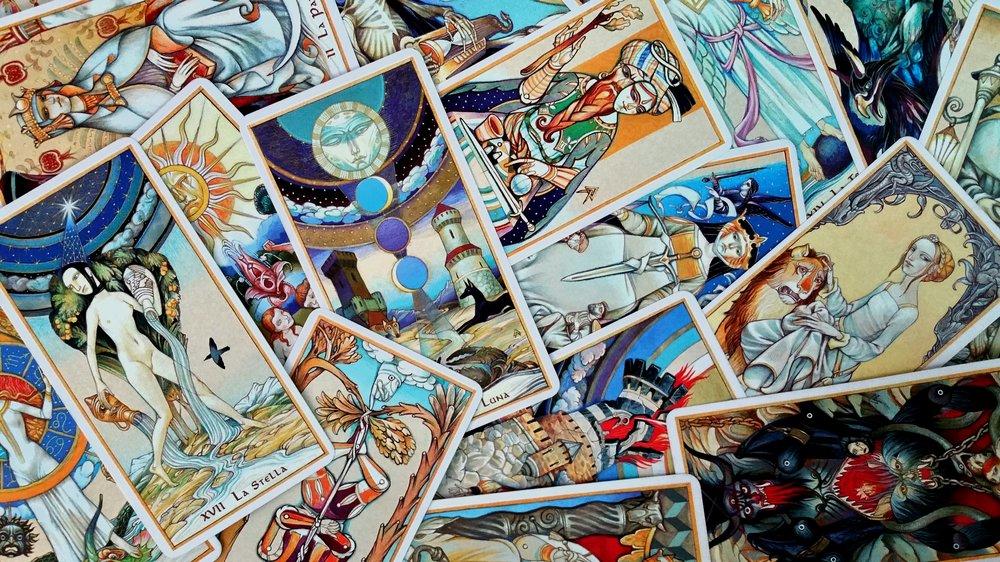 Tarot by Alexander Daniloff