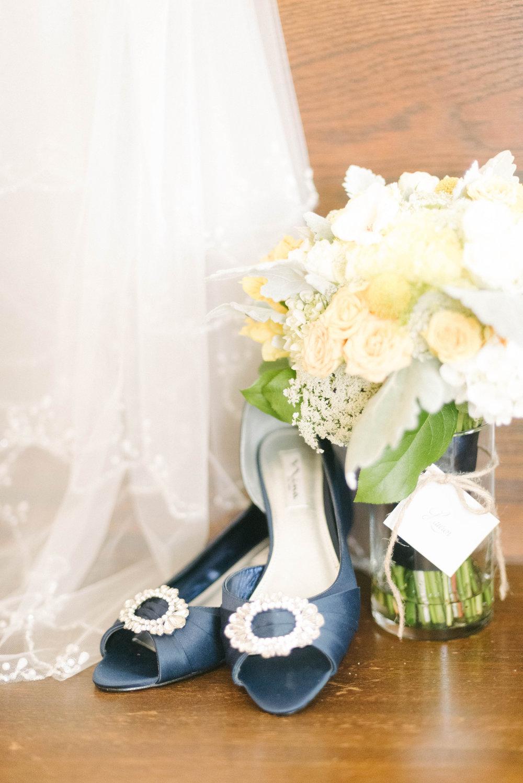 Lauren and LaRoyce s Wedding-GettingReady-0009.jpg
