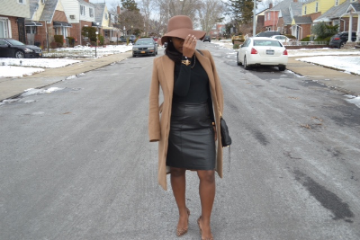 Winter_OOTD_Floppyhat_leatherskirt.JPG