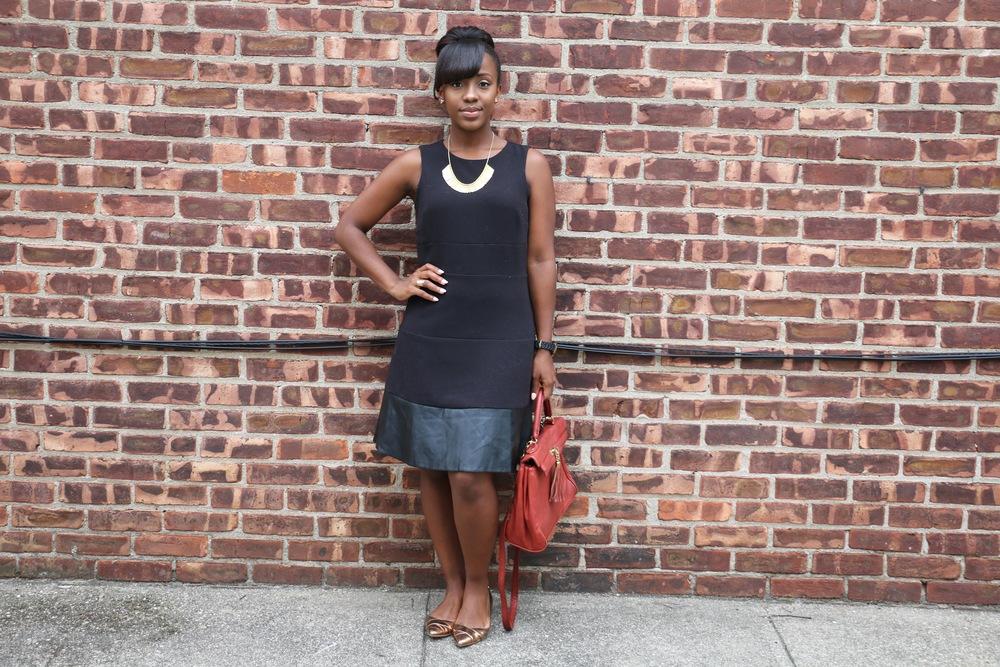 Dress: Old ( similar ,  similar ,  similar ) | Flats:  Calvin Klein  | Bag: Aldo- old ( similar ) | Necklace: Slate via  Rocksbox